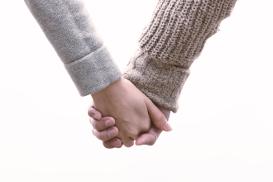 自分にあった結婚相談所の探し方は男女比のチェックです。